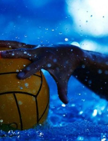 "Hot Sport: Mađari poslali ""delfine"" na Grke"