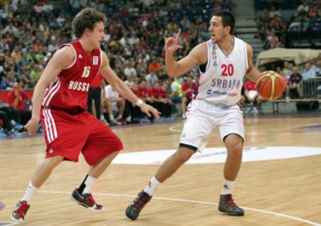 srbija rusija 463 400x282 Hot Sport: Orlovi odleteli na pripreme, Micić gosti ekipu