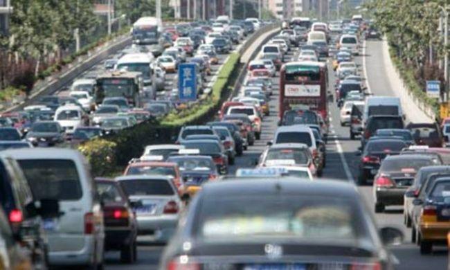 0166 Bezbedna vožnja: Ludaci šetaju, a i voze