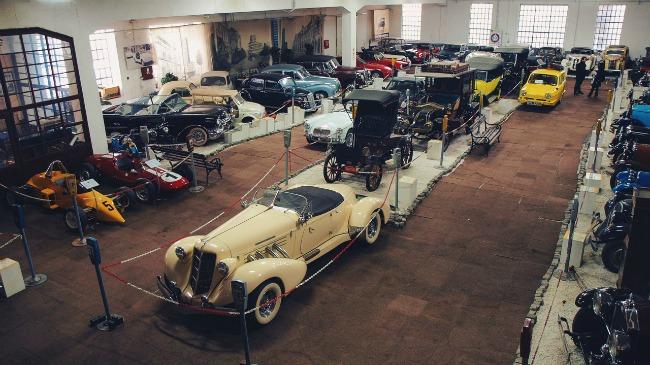 Muzej automobila1 Predstavljamo: Muzej automobila u Beogradu