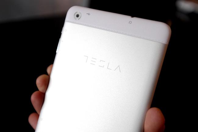 Tesla Tablet H7 3 Kompanija Comtrade predstavlja premijum model Tesla Tablet H7