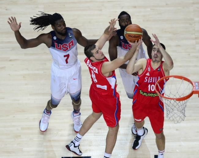 amerikanci1 Srpski košarkaši u borbi protiv američke agresivnosti