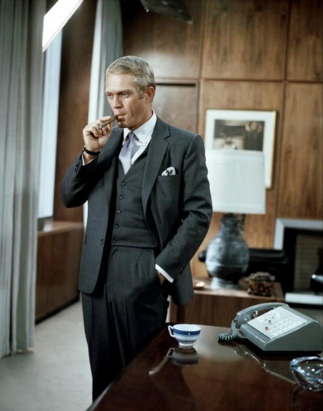 Thomas crown suit Imitirajte stil Stiva Mek Kvina