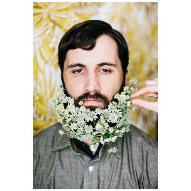 cvece u bradi 9 Novi Instagram trend: Cveće u bradi