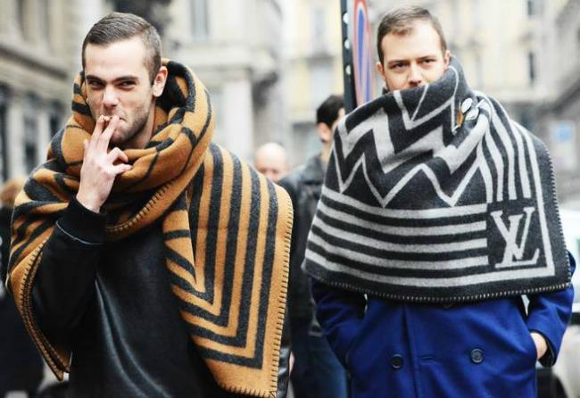 lujvitonsal1tekst Ogromni Louis Vuitton šalovi