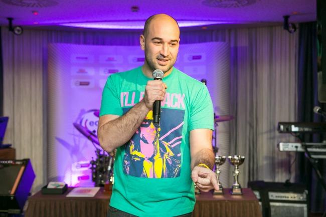 oliver sotra1 Intervju: Oliver Šotra, standup komičar