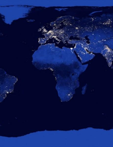 NASA iz svemira vidi novogodišnju rasvetu