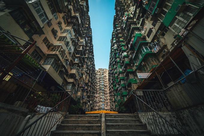 Simetrija u Hong Kongu 3 Simetrija u Hong Kongu
