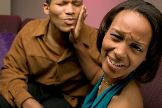 sastanak3 10 razloga kojima momci ubiju raspoloženje dobrog sastanka