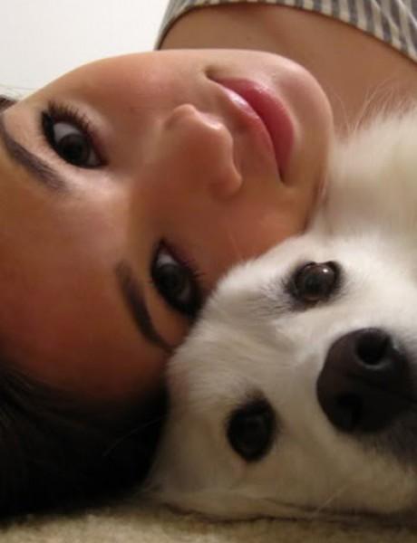 10 stvari koje shvatiš kada se zabavljaš sa devojkom koja voli pse