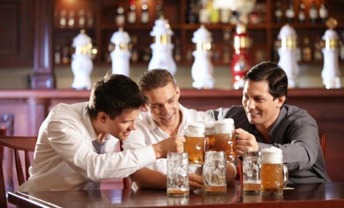 ortacipiju Džentlmen da budem: Džentlmen, alkohol i njegovi prijatelji
