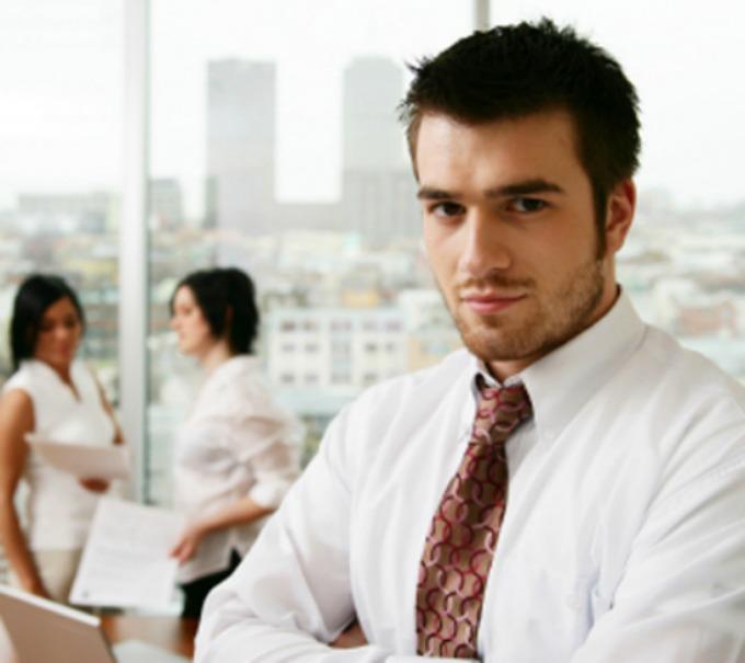 japi Džentlmen da budem: Džentlmen u kancelariji