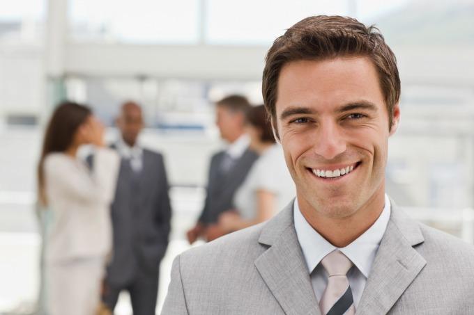 sivoodelo Džentlmen da budem: Džentlmen u kancelariji