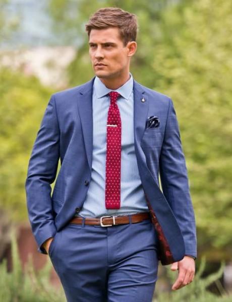 Četiri načina da upariš kravatu sa košuljom