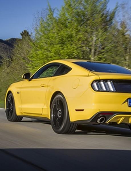 Ko se sa sajma odvozi u Mustangu?