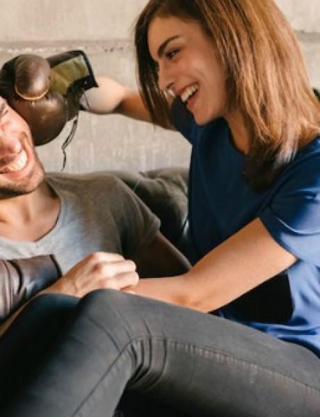 Greške koje muškarci stalno ponavljaju a žene izluđuju (ILUSTRACIJE)