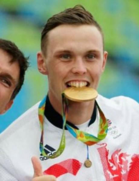Znate li zašto Olimpijski šampioni uvek zagrizu svoje medalje?
