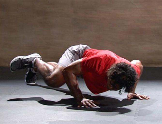 Ova vežba za trbušne mišiće će vas oduševiti Ova vežba za trbušne mišiće će vas oduševiti