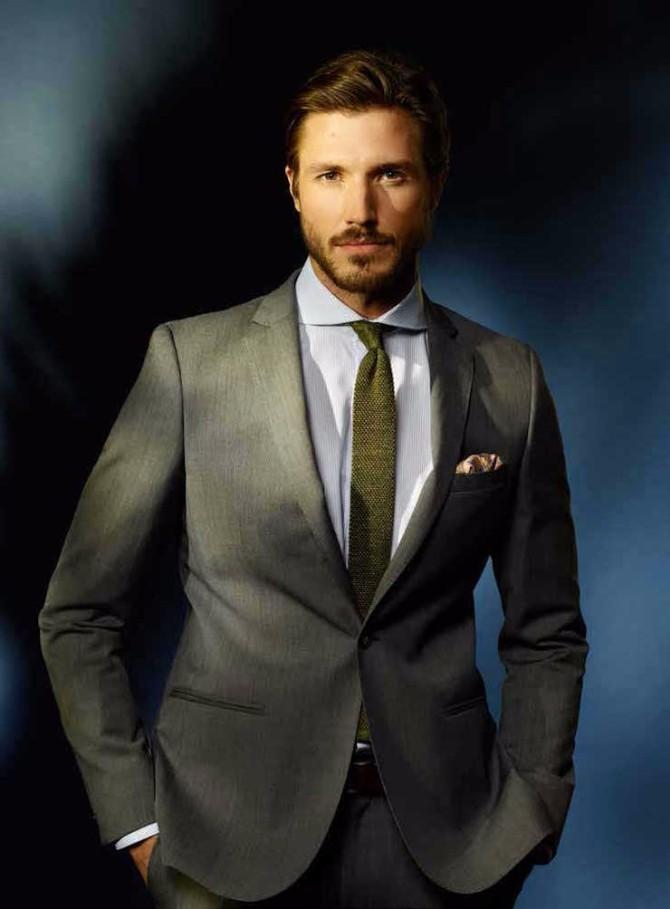 3 jednostavna i trendi načina da uklopite košulju i kravatu3 3 jednostavna i trendi načina da uklopite košulju i kravatu