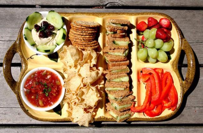 hrana 4 Zanimljivi i efikasni načini uz koje ćeš smanjiti želju za hranom