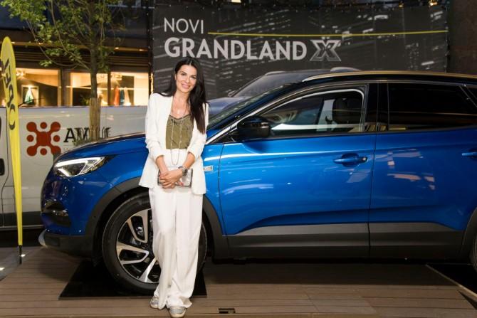 Aleksandra Jaftenovic Svetska pretpremijera potpuno novog Opelovog modela Grandland X u Beogradu