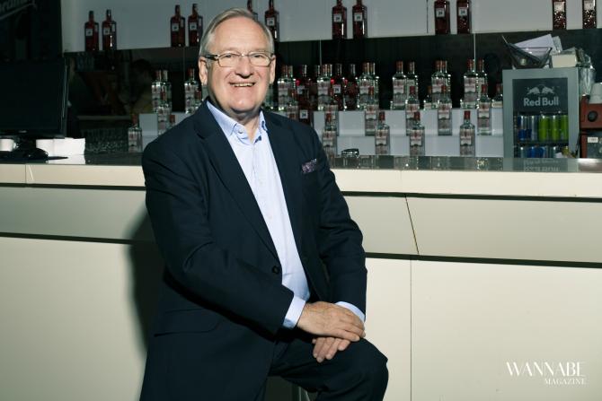 dezmond pejn2 Intervju: Dezmond Pejn o kulturi ispijanja džina i njegovoj popularnost + RECEPT za savršeni džin  koktel