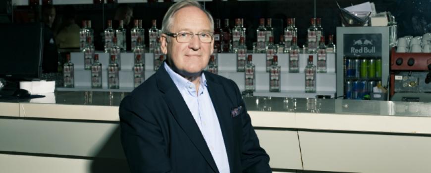 Intervju: Dezmond Pejn o kulturi ispijanja džina i njegovoj popularnost + RECEPT za savršeni džin  koktel