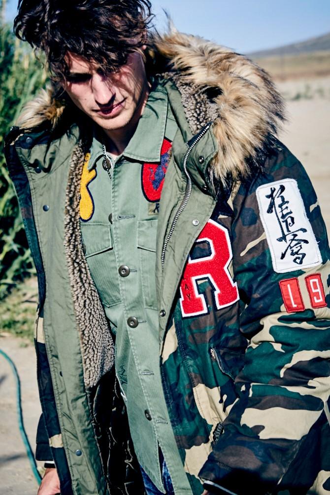 jakna2 Replay predstavio ultra laki perjani mantil sa dva lica od revolucionarnog ThindownTM materijala, za sezonu jesen/zima 2017 18