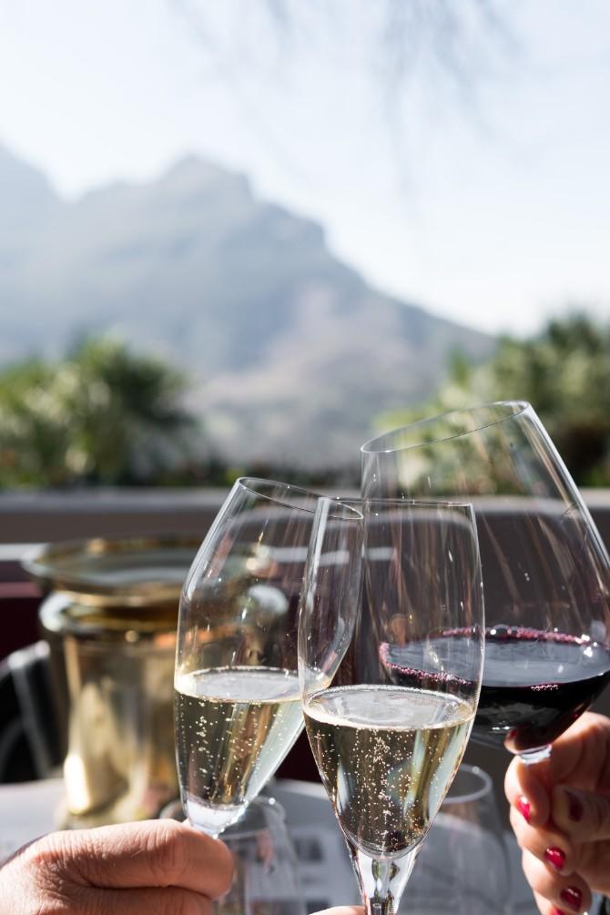 matthieu joannon 349076 Prava čaša za vino na prazničnoj trpezi