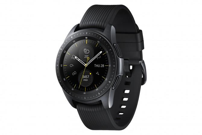 Galaxy Watch 42mm Midnight Black 2 e1533893005843 Budite stalno povezani bez obzira na to gde se nalazite sa novim Samsung Galaxy satom