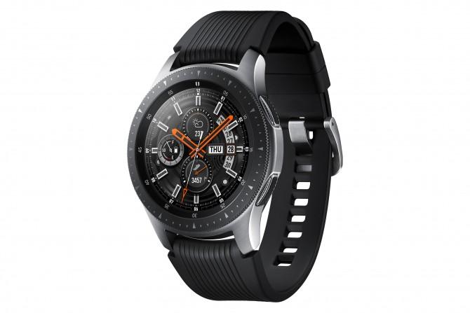Galaxy Watch 46mm 1 e1533893107352 Budite stalno povezani bez obzira na to gde se nalazite sa novim Samsung Galaxy satom