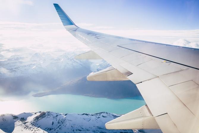 avion Da li uključen mobilni telefon može da ugrozi let avionom?