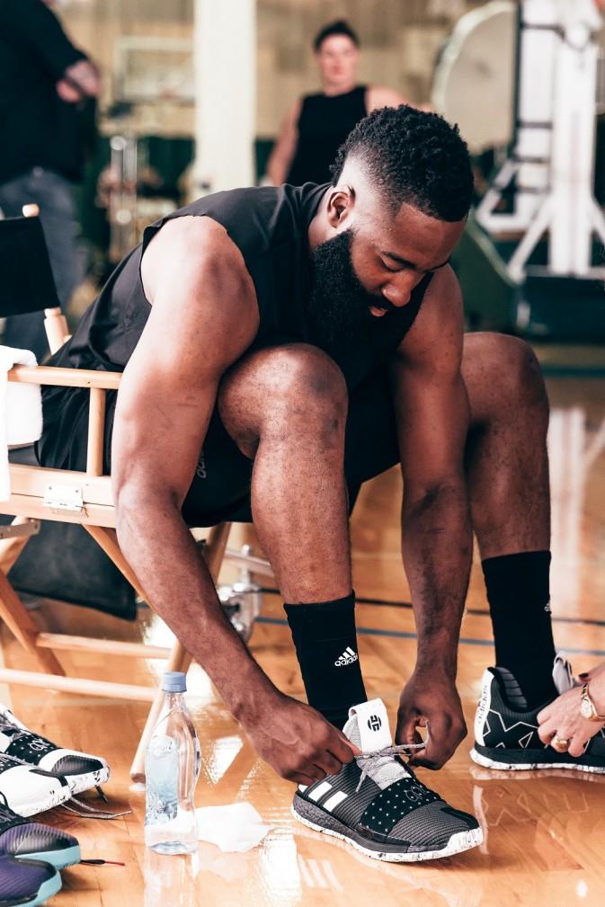 Cosmos BB7723 + Harden 6 e1541073050870 Stvari koje nisi znao o Džejmsu Hardenu, zvezdi Hjuston Rokitsa i jednom od najboljih NBA košarkaša