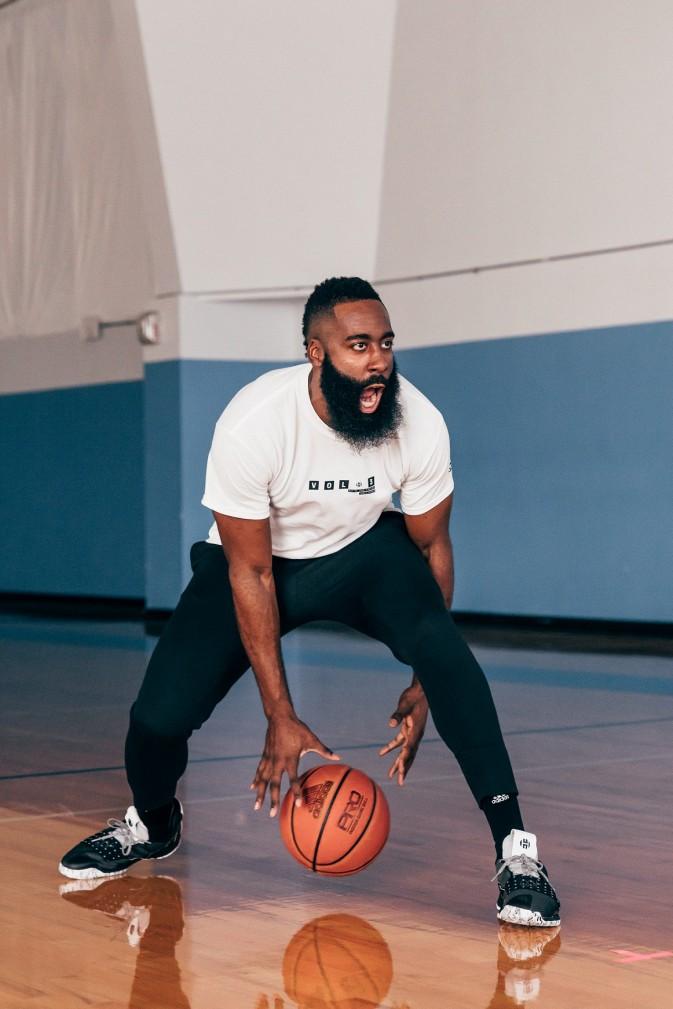 Cosmos BB7723 + Harden 9 e1541073100624 Stvari koje nisi znao o Džejmsu Hardenu, zvezdi Hjuston Rokitsa i jednom od najboljih NBA košarkaša