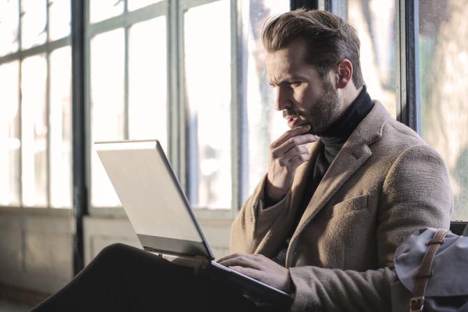 posao Kako da izađete na kraj sa negativnim osećanjima prema šefu