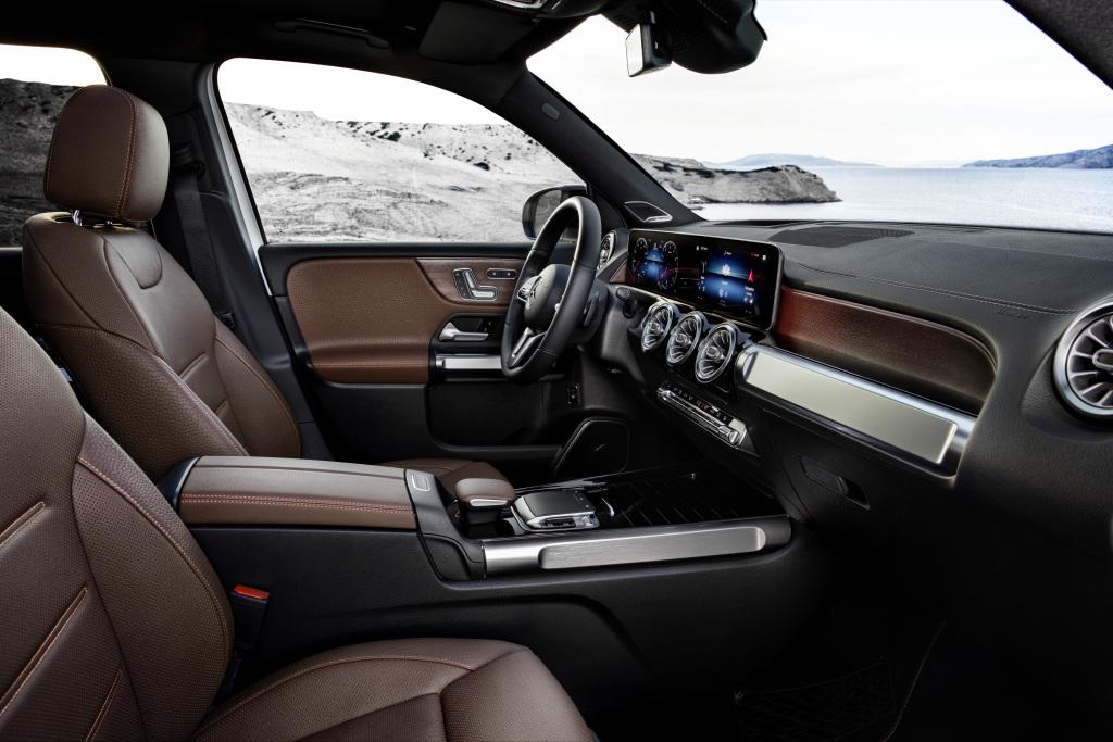 19C0386 080 Novi Mercedes Benz GLB: Za porodicu i prijatelje