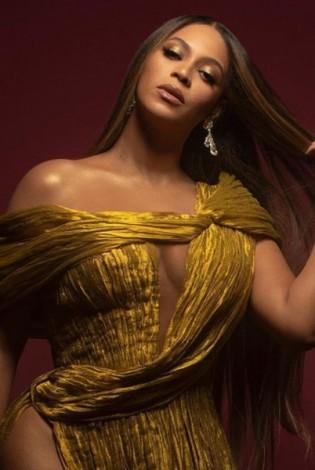 WOMAN CRUSH WEDNESDAY: Beyonce