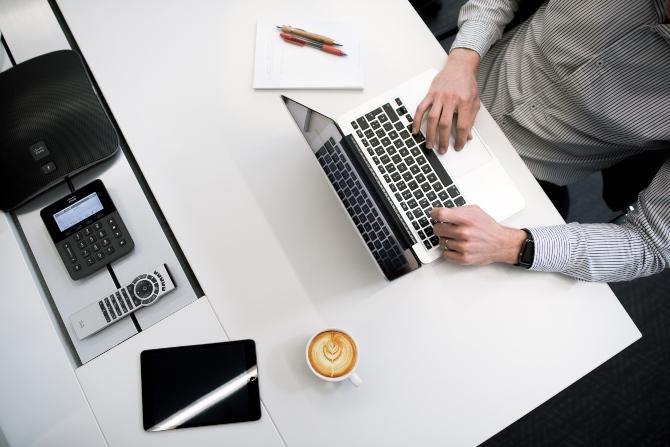 o čemu ne treba da pričaš na poslu 1 Stvari o kojima ne treba da pričaš na poslu (a i inače)