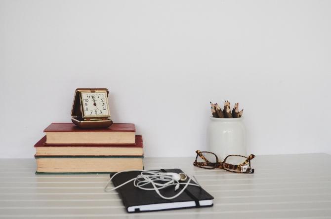radni prostor kod kuće 2 1 Kako da organizuješ radni prostor – kod kuće