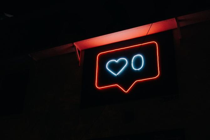 društvene mreže 1 Šta se dešava sa tvojim životom kad preteruješ sa društvenim mrežama (i šta treba da promeniš)