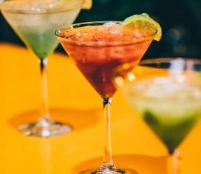 Kokteli za odabrano društvo: Tequila sunrise i B52