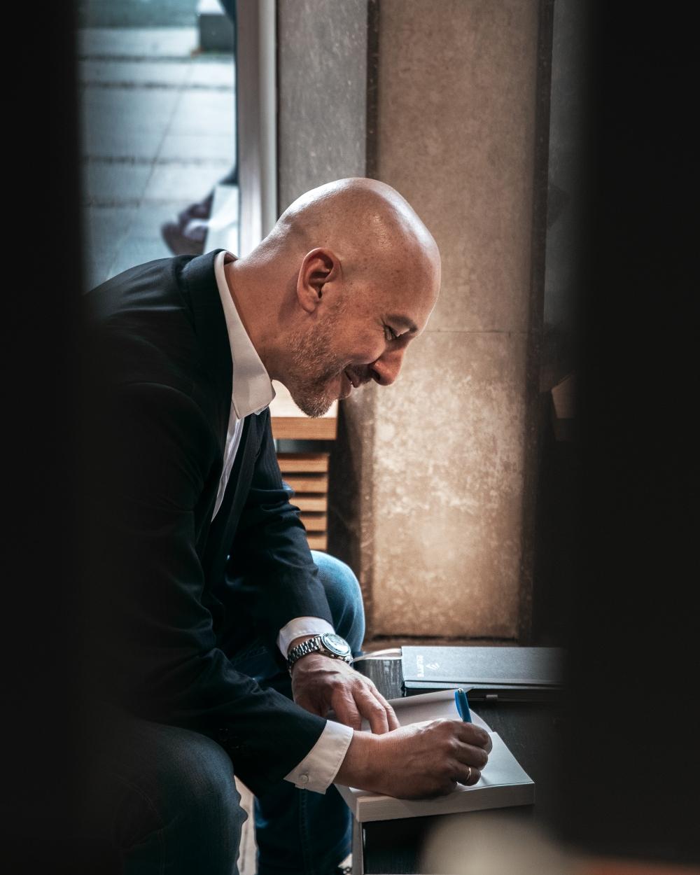 1 Miodrag Majić, autor romana Deca zla: Izvesno je da ćemo u dogledno vreme imati i igranu seriju po motivima ovog romana