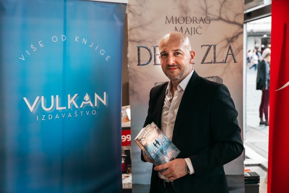 22 Miodrag Majić, autor romana Deca zla: Izvesno je da ćemo u dogledno vreme imati i igranu seriju po motivima ovog romana