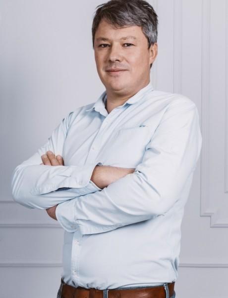 """Vuk Tripković: """"Mislim da vino, više nego bilo koje drugo piće, ima moć da vas poveže sa vašim osećanjima"""""""