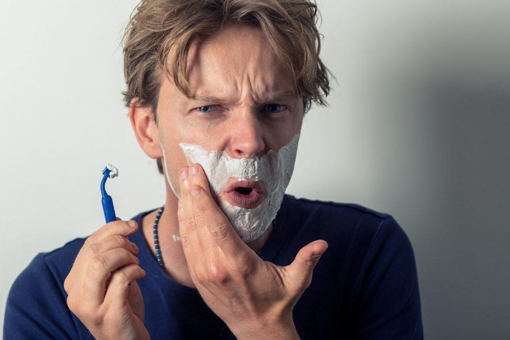 sammy williams g0qxXkW16TM unsplash 1 e1621842676535 5 skin care grešaka koje muškarci prave