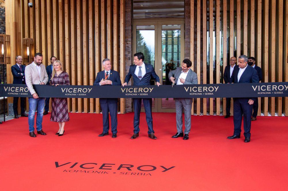 Ceremonija presecanja vrpce scaled e1623845752428 Hotel Viceroy Kopaonik Srbija zvanično otvoren