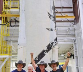 Vlasnik Amazona, bilioner Jeff Bezoz lansirao je u svemir prvu raketu svoje kompanije Blue Origin